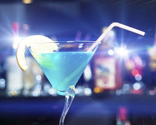 Bild zum Artikel Alkohol mit Maß – oder doch besser abstinent?