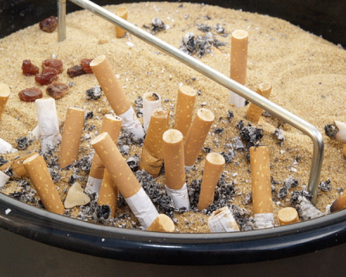 Bild zum Artikel Evangelische Volkspartei fordert Tabak-Debatte
